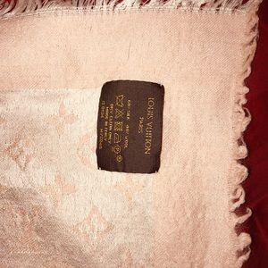 Louis Vuitton Accessories - Light Shawl Pink Louis Vuitton Scarf